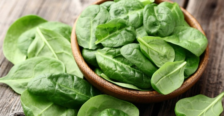 Health-Benefits-of-Spinach-768x399